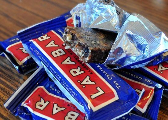 new blueberry muffin larabar