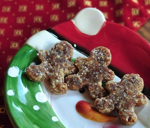 vegan raw gingerbread men
