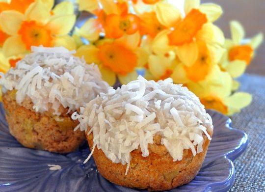 vegan coconut cupcake