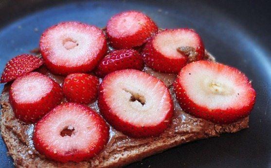 vegan peanut butter sandwich