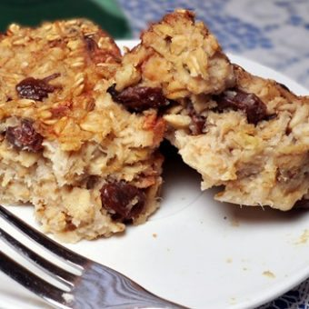 """Irish Soda"" Oatmeal Cake"