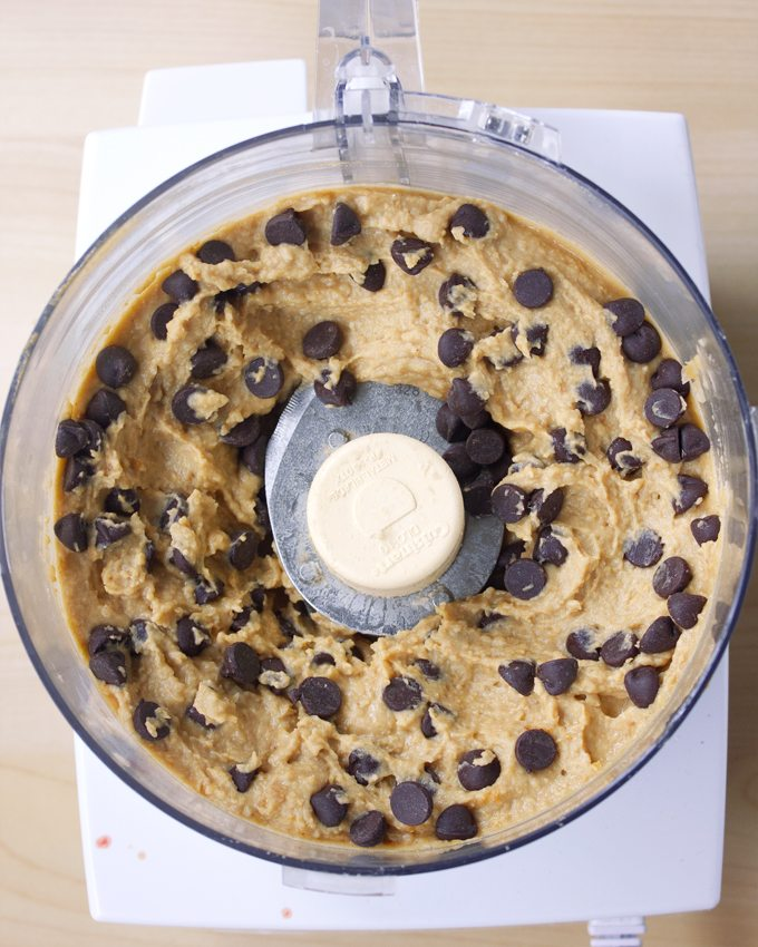 cookie dough dip chickpeas