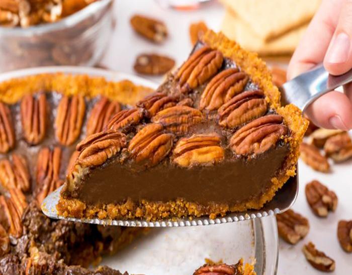 Secretly Vegan Chocolate Pecan Pie Recipe