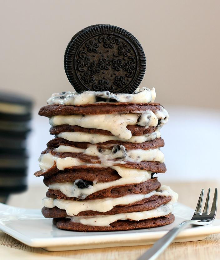 Homemade Oreo Cookie Pancakes