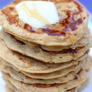 Oatmeal Pancakes - 1/3 cup rolled oats, 1 cup milk of choice, 2 tsp vanilla extract, 1 tsp baking powder, 2 1/2 tsp... Full recipe: https://chocolatecoveredkatie.com/2013/09/05/oatmeal-pancakes/ @choccoveredkt