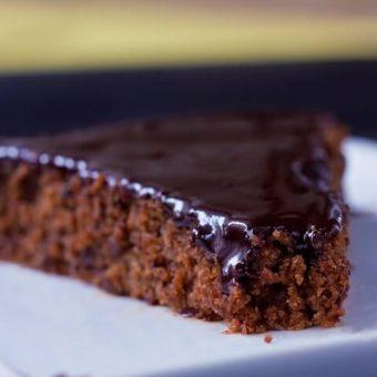 Refined Sugar Free Chocolate Cake | Vegan, GF Options