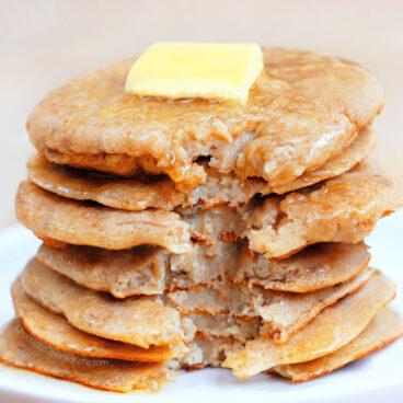 Easy 3 Ingredient Flourless Pancakes Recipe