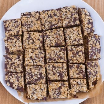 Oatmeal Chocolate Fudge Bars