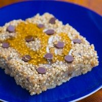 Banana Bread Baked Quinoa Breakfast Bars