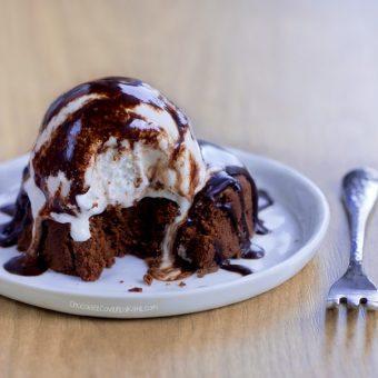 Flourless Chocolate Cake – Healthy & Vegan!