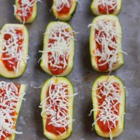 Zucchini Pizza Boats – Super Healthy Snack!