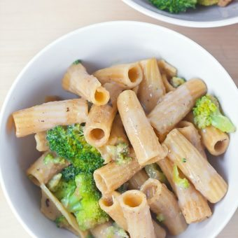 Creamy Broccoli Garlic Pasta