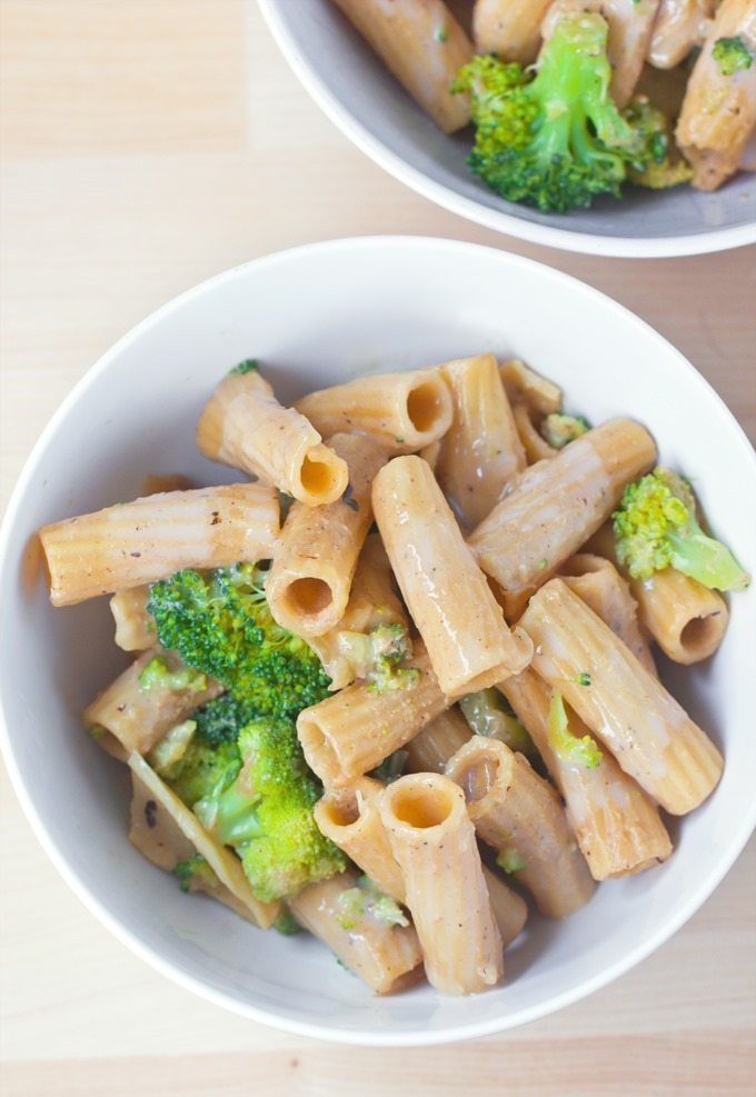 Creamy Broccoli Garlic Pasta