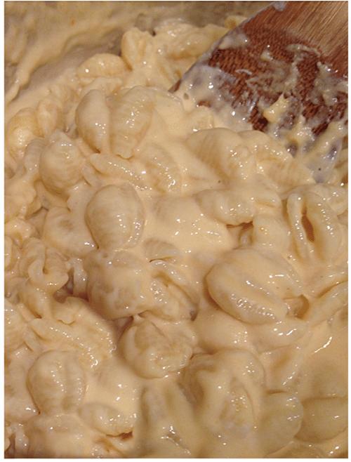greek yogurt mac cheese