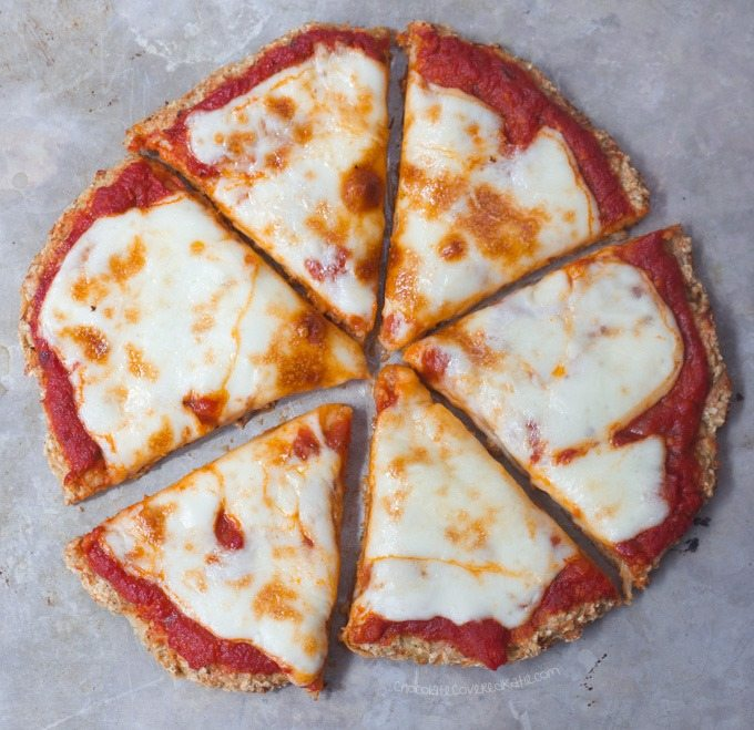 Cauliflower Pizza Crust Recipe - Ingredients: 1 cauliflower, 1/4 cup water, 1 tsp oregano, 2 tbsp... Full recipe: chocolatecoveredkatie.com/2016/09/05/cauliflower-pizza-crust-vegan/ @choccoveredkt