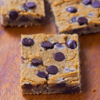 Gooey Chocolate Chip Pumpkin Blondies