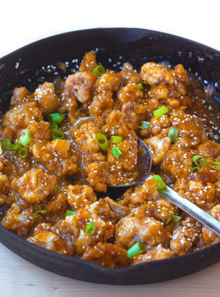 Sweet, sticky, addictive sesame cauliflower, a healthy & delicious meatless recipe
