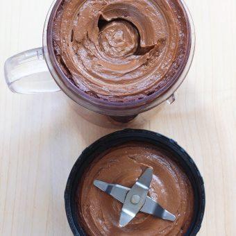 How To Make Chocolate Avocado Frosting