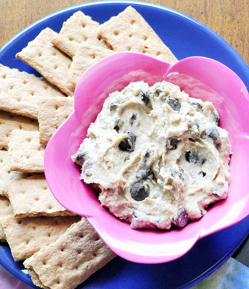 cookie dough dip with chickpeas