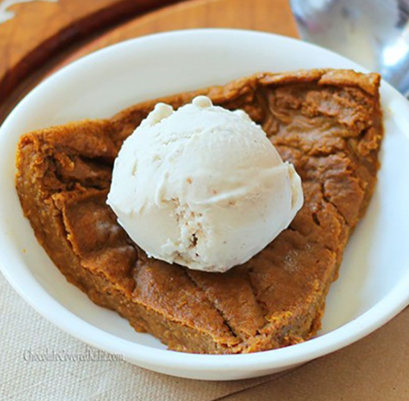 Crustless Pumpkin Pie recipe that is low calorie, healthy, vegan, and great for weight watchers