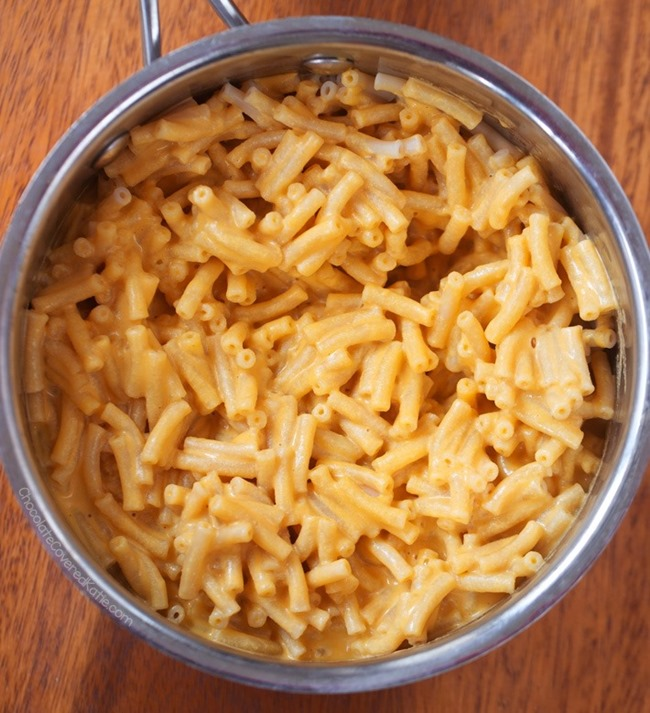 Vegan Macaroni Super Bowl