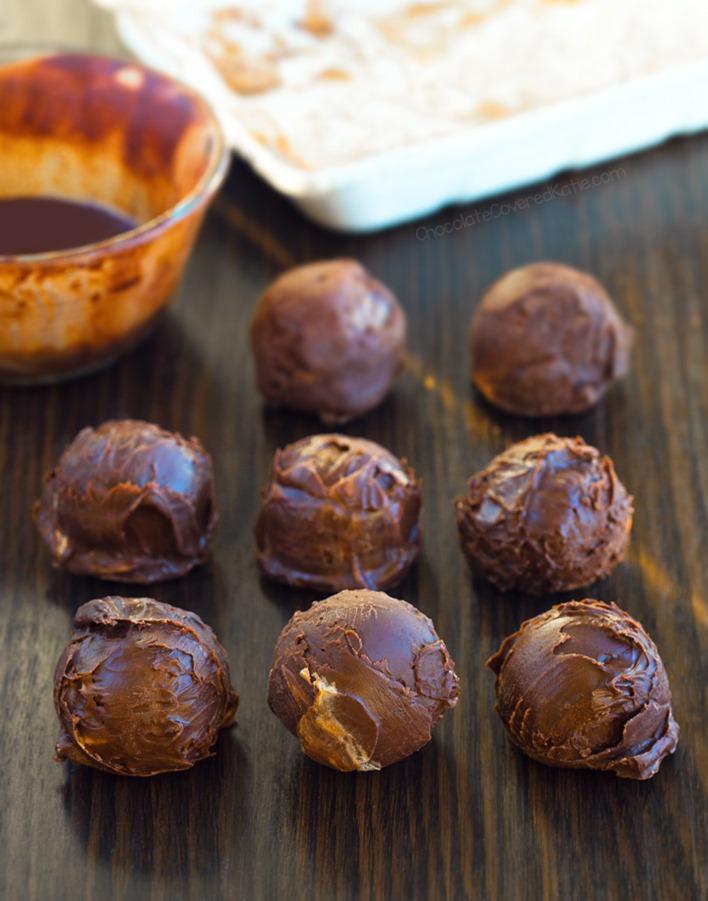 Keto Chocolate Brownie Fat Bombs