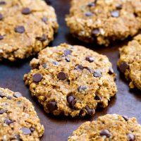 Easy Oatmeal Pumpkin Chocolate Chip Cookies