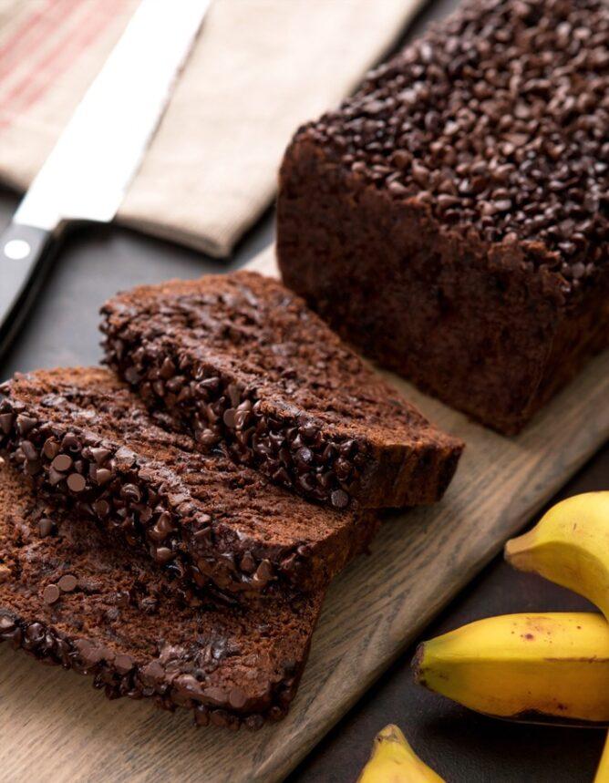 """La meilleure recette de pain aux bananes et au chocolat noir """"width ="""" 600"""