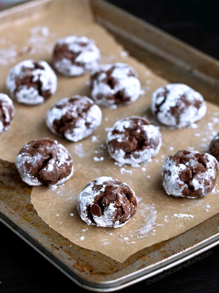 Easy Flourless Chocolate Pixie Cookies