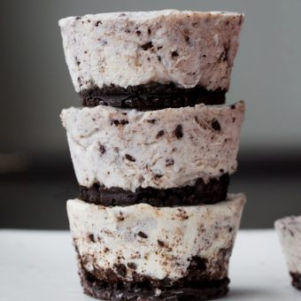 Keto Cookies'n Cream Fat Bomb Recipe