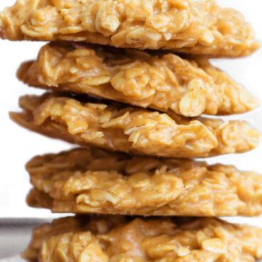 Four Ingredient Peanut Butter No Bake Cookie Recipe