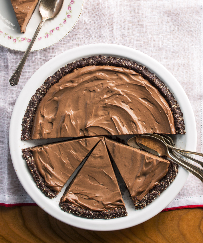 The Best Secretly Vegan Chocolate Pie Recipe