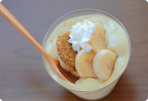 Creamy Southern Banana Pudding: egg-free / dairy-free / gluten-free / vegan / no sugar https://chocolatecoveredkatie.com/2013/07/11/banana-pudding-recipe-healthy/ @choccoveredkt