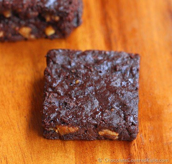 Halloween Brownies https://chocolatecoveredkatie.com/2014/10/23/butterfinger-brownies/