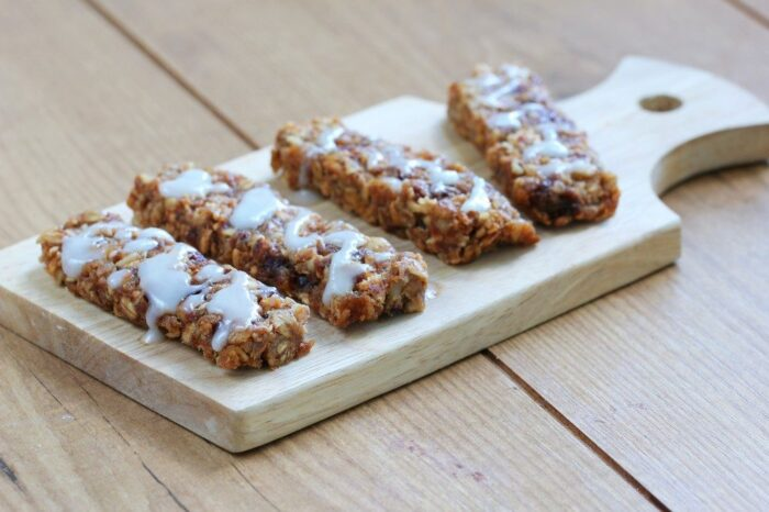 Chocolate Chip Cherry Granola Bars