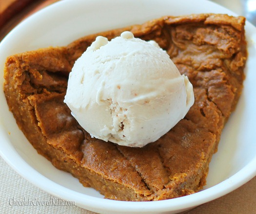 Crustless Pumpkin Pie - One of my favorite parts about Thanksgiving is the homemade pumpkin pie, and this recipe is a staple in my family. The texture is somewhere between a pie and a custard... and it's under 450 calories not just for a slice, but for the ENTIRE pie! Full recipe: https://chocolatecoveredkatie.com/2012/11/08/crustless-pumpkin-pie/ @choccoveredkt
