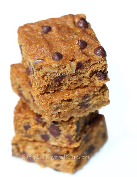 Easy to make / people always ask me for the recipe... Oats, chocolate chips, vanilla, salt, and a secret addition of molasses https://chocolatecoveredkatie.com/2014/02/10/oatmeal-chocolate-chip-cookie-bars/ @choccoveredkt