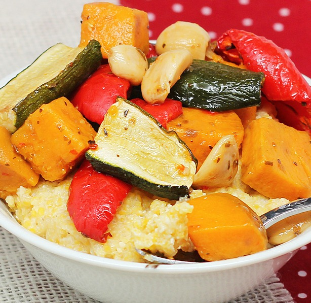 How to roast vegetables in the slow cooker - You can use any of the following vegetables: zucchini, red peppers, sweet potatoes... https://chocolatecoveredkatie.com/2013/01/10/how-to-roast-vegetables-in-the-slow-cooker/ @choccoveredkt