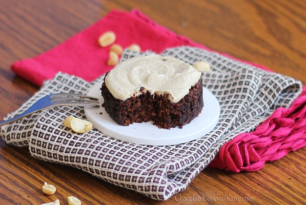 1 Minute Chocolate Peanut Butter Cake