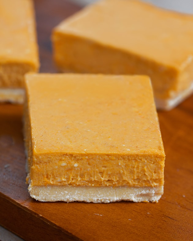 Easy-to-make pumpkin cheesecake bars from @choccoveredkt... Full recipe: https://chocolatecoveredkatie.com/2015/09/14/pumpkin-cheesecake-bars/