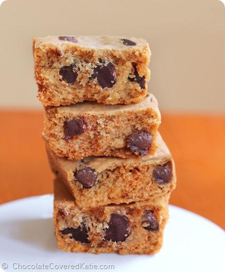 Pumpkin Chocolate Chip Cookie Bars: https://chocolatecoveredkatie.com/2014/09/15/pumpkin-chocolate-chip-cookie-bars/