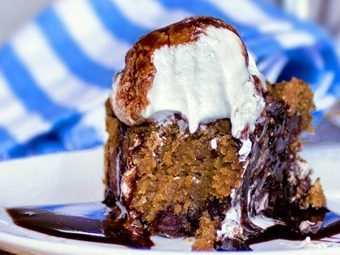 Recipe from @choccoveredkt... I've made this recipe about 1000 times and no one ever believes it's healthy... One of the best desserts I've ever made: https://chocolatecoveredkatie.com/2011/10/24/its-a-chocolate-pumpkin-pizookie/
