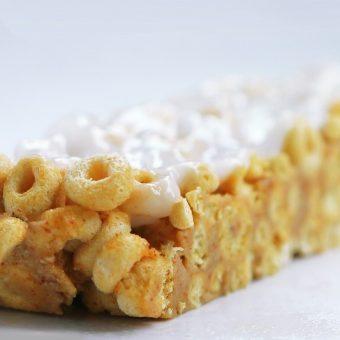 Customizable Milk & Cereal Bars