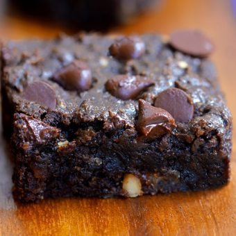 Gooey Chocolate Chip Brownie Bars