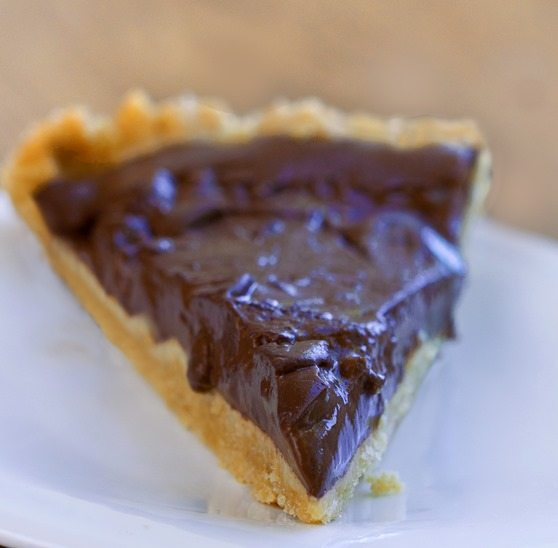 Homemade Chocolate Pudding Pie - NO Tofu!