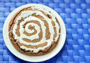cinnamon-roll-pie_thumb_3_thumb