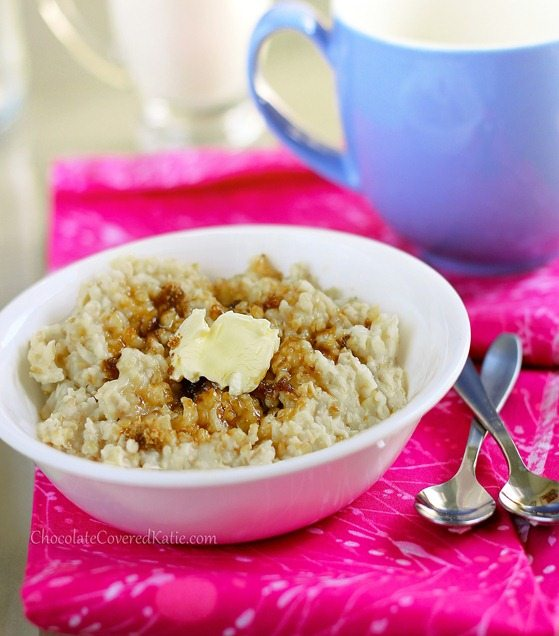 Crock Pot Oatmeal - The easiest way to make oatmeal. Cook once, and have a delicious breakfast all week - (can do different flavors) https://chocolatecoveredkatie.com/2012/11/11/how-to-make-oatmeal-in-the-slow-cooker-the-easy-way/ @choccoveredkt