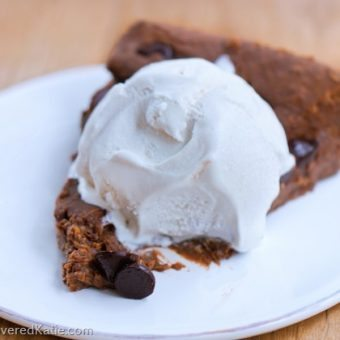 Flourless Chocolate Chip Brownie Pie