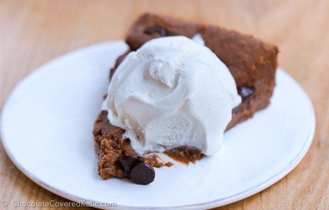 Flourless Brownie Pie