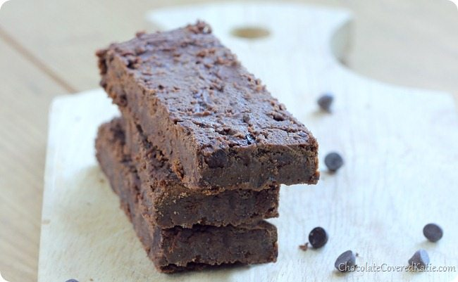 homemade chocolate protein bars
